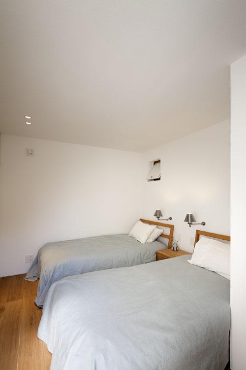無駄なく機能的、快適な寝室 @祐天寺の家 その7