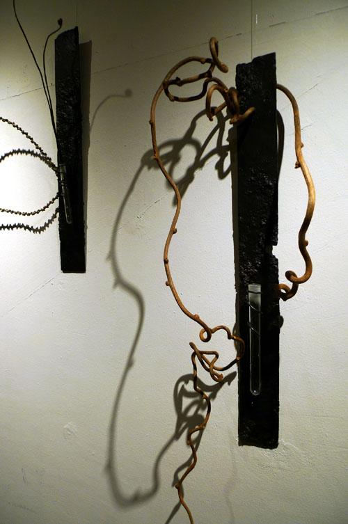 空間×鉄×植物 花器と流木