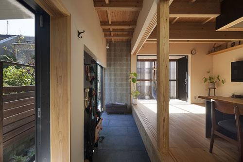 土間空間と素材 @焼杉に包まれた優しい木の家 その4