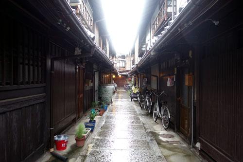西陣の織元が所有する路地@京都