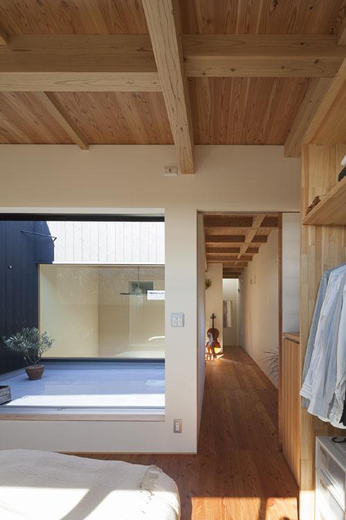 都心でありながらも開放的な広がりを @焼杉に包まれた優しい木の家 その10